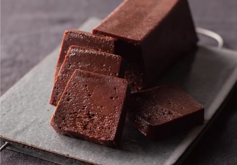 目黒区・下目黒:職人の手作りにこだわった究極のチョコレートケーキ「OGGI 目黒本店」