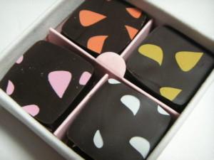 新宿区・新宿:花と果実の香りが溢れだす魅惑のチョコレート「ファブリス・ジロット」伊勢丹新宿店