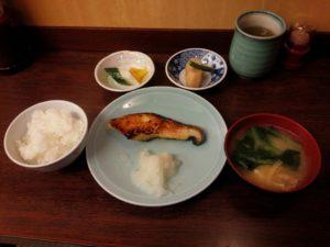 いつかティファニーで朝食を第2話:東京都中央区築地「和食 かとう」