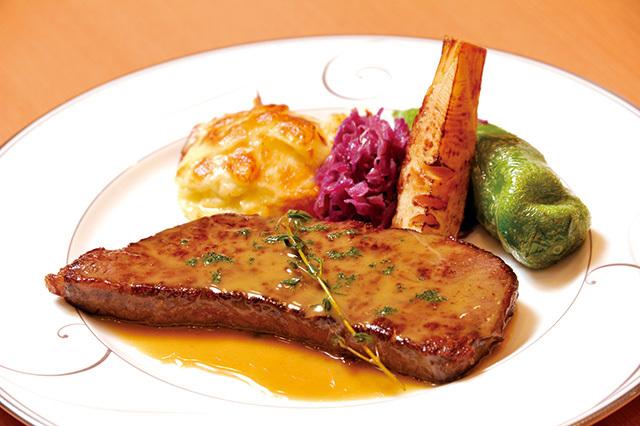 千代田区・神田:和牛モモ肉のミニッツステーキアンチョビソース「レストラン 七条」