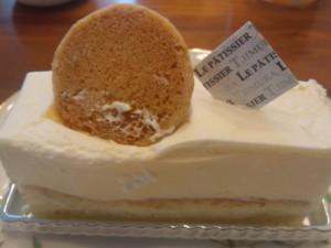 墨田区・京成曳舟:2層のチーズを組み合わせたチーズケーキ「LE PATISSIER T.IIMURA」