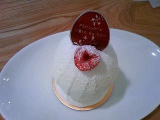 三鷹市・三鷹:木イチゴを使った個性派ショートケーキ「パティスリー コテ デュ ボワ」