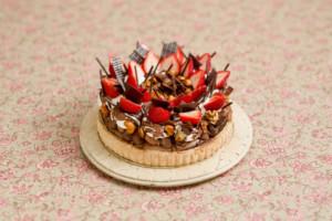 新宿区・新宿:イチゴとチョコの魅惑のフルーツタルト「ラ メゾン アンソレイユターブル」ルミネ新宿店