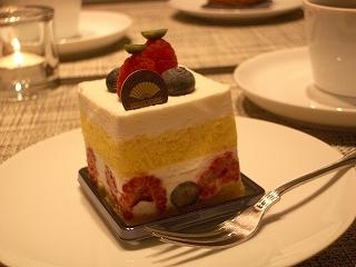 中央区・日本橋:ホテルメイドのリッチなショートケーキ「マンダリン オリエンタル 東京 グルメショップ」