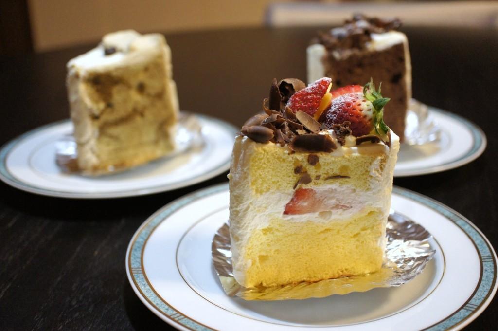 豊島区・西池袋:プレゼントにも最適なシフォンケーキ「La Famille」