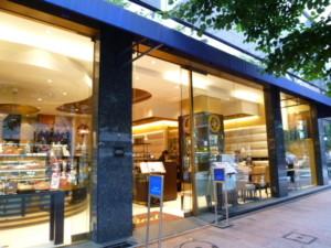 中央区・銀座:パフェ「リンツ ショコラ カフェ」銀座店